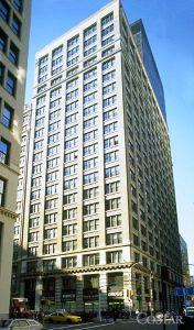 360 Park Avenue South (photo courtesy of CoStar)