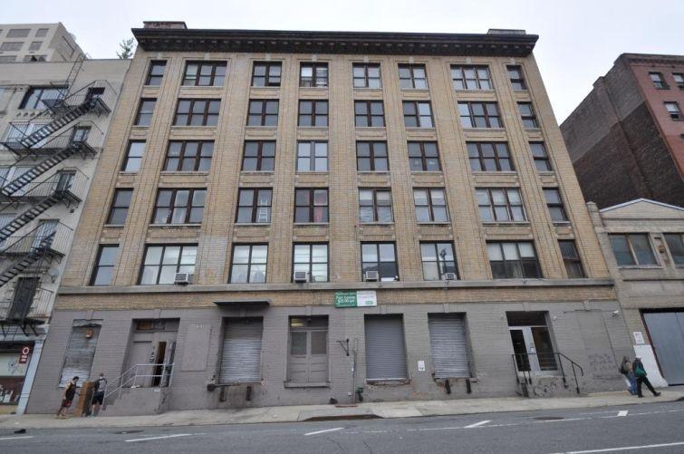 537 Greenwich Street
