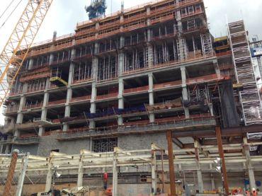 Construction is underway at 10 Hudson Yards. (Jennifer Henderson)