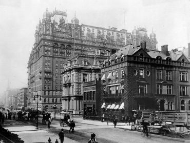 The Waldorf-Astoria in 1899.
