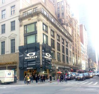 560 Fifth Avenue.