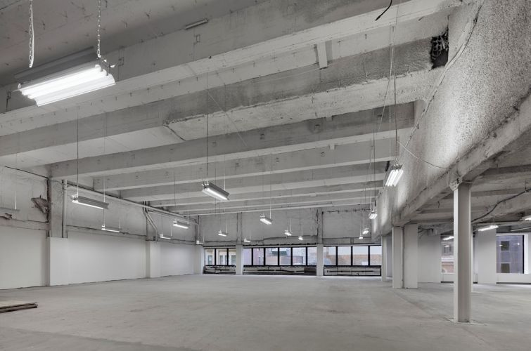 Vacant space at 1133 Avenue of the Americas.