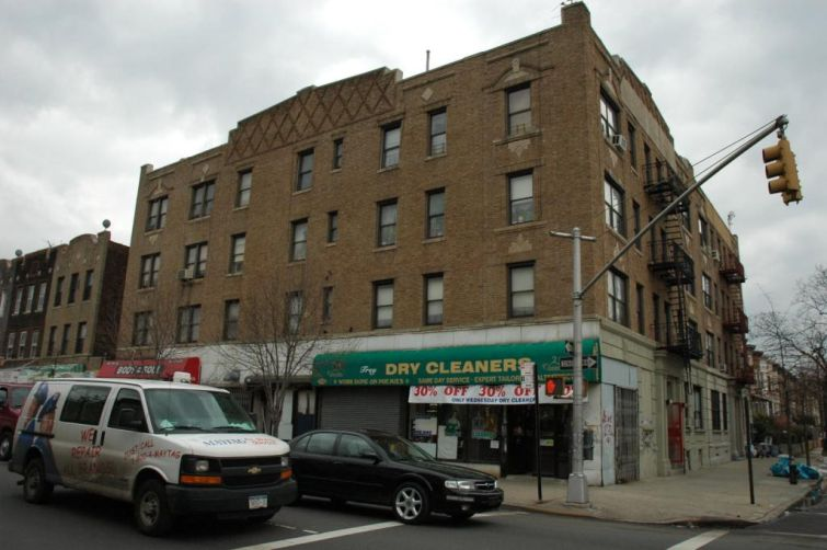 1578 Union Street.