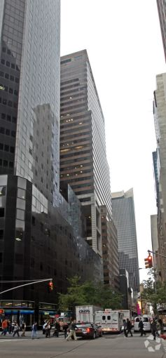 120 West 45th Street (Photo: CoStar).