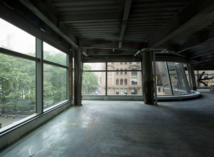 The panoramic windows (Photo: Sasha Mazlov/For Commercial Observer).
