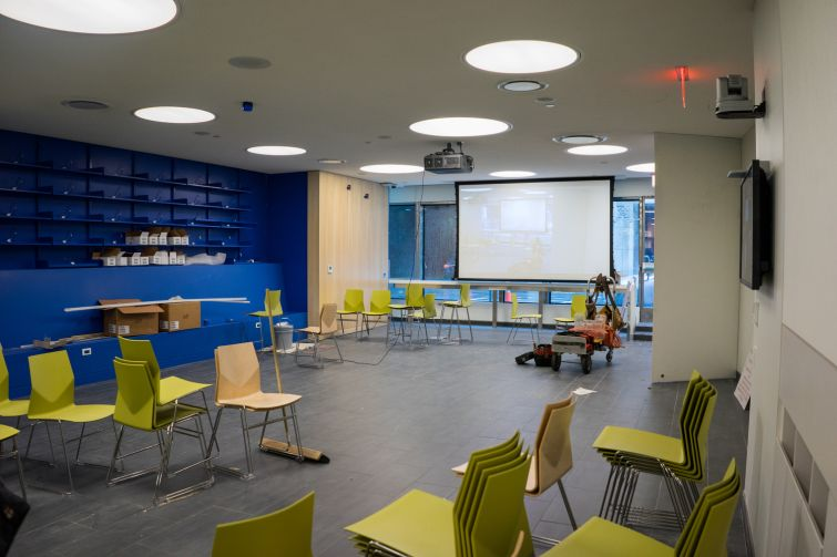 The cafeteria in the new upper school (Photo: Jake Naughton).