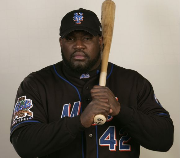 Mo Vaughn (Photo: Fernando Medina/Getty Images).