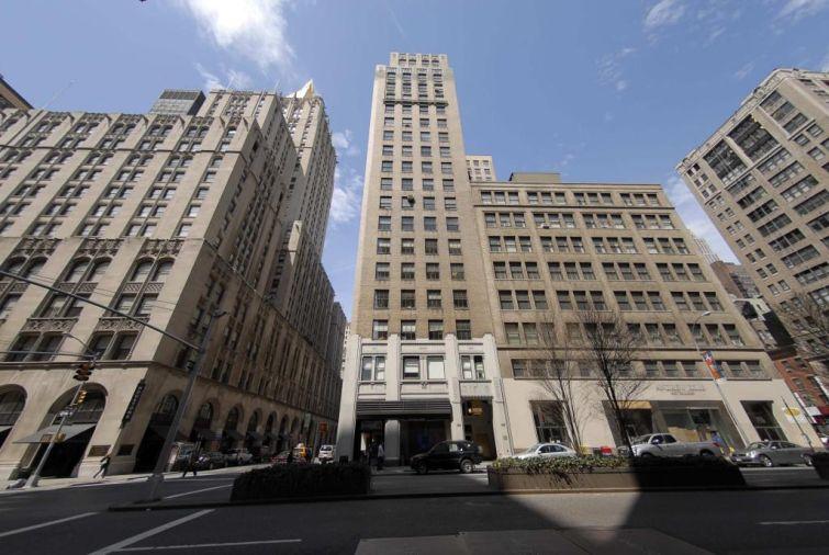 386 Park Avenue South.