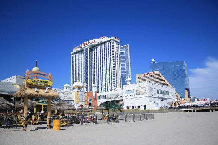 BOARDWALK BOARD UP: Atlantic City's famous boardwalk houses most of the city's entertainment destinations, but four casinos have closed since 2014, including the iconic Showboat Casino Hotel (Photo: Danielle Balbi/Commercial Observer).