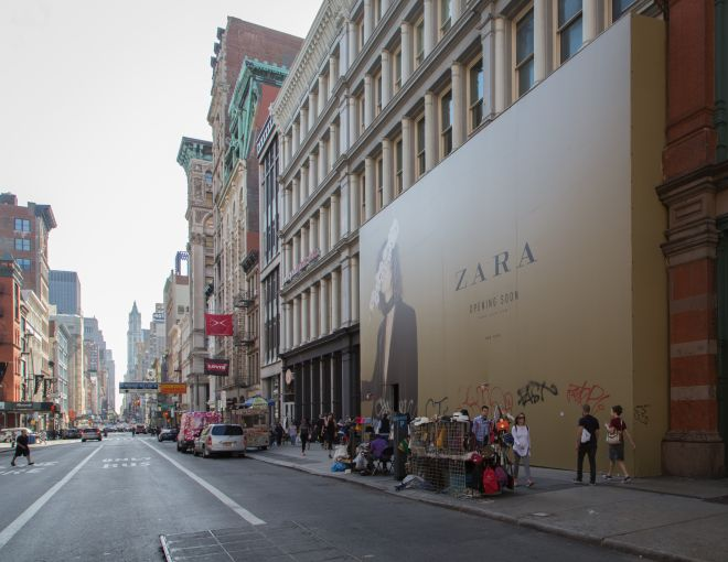 Zara's parent company purchased this spot which formerly housed Old Navy, for more than $19,000 per foot (Photo: Kaitlyn Flannagan/for Commercial Observer).