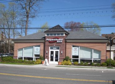A People's United Bank branch in Mamaroneck, N.Y.