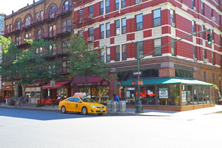 221 Columbus Avenue (Photo: CoStar).