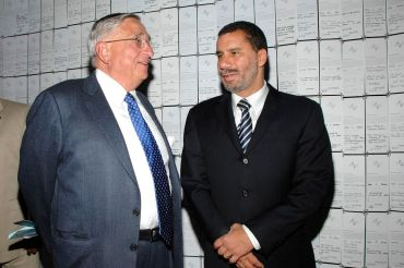 John Zuccotti, left, and then-Governor David Paterson in 2008 (Photo: JOE SCHILDHORN/PatrickMcMullan.com).