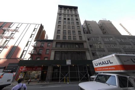 The building at 13-15 West 27th Street.