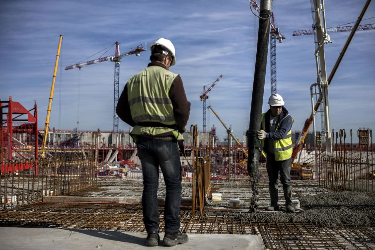 Construction workers. Photo: Jeff Pachoud for AFP/Getty Images