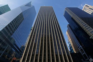 1133 Avenue of the Americas (Photo: CoStar Group).