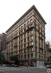 1070 Madison Avenue (Photo: CoStar Group).