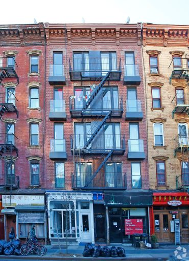 193 Bedford Avenue (Photo: CoStar Group).
