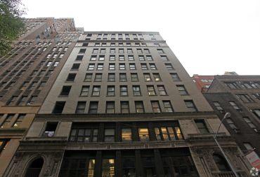 30 East 33rd Street (Photo: CoStar Group).
