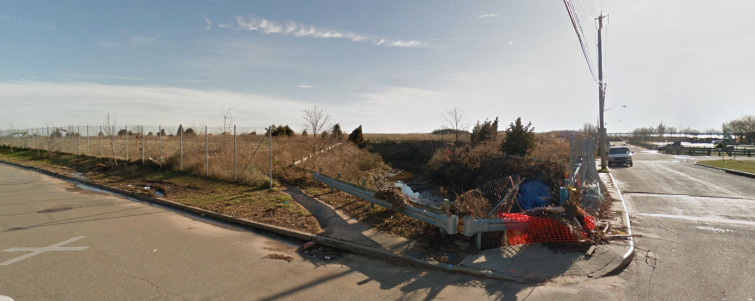 An LLC sued over the potential sale of the Staten Island development site (Photo: Google Maps).