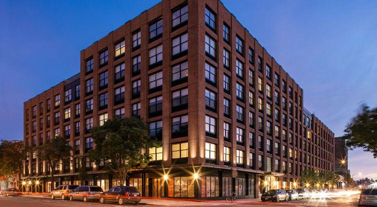 1133 Manhattan Avenue.