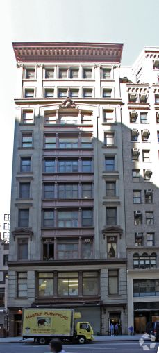 36 West 37th Street (Photo: CoStar Group).