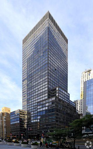 90 Park Avenue (Photo: CoStar Group).