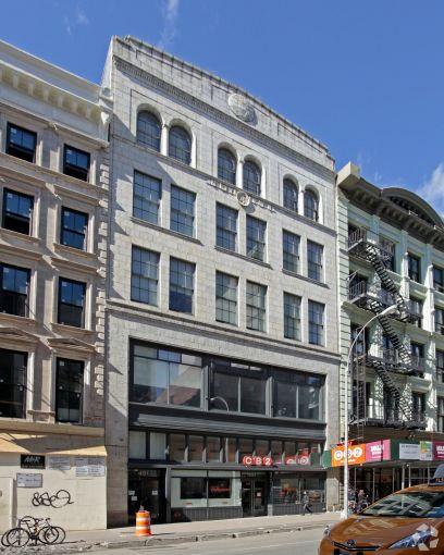 421 Broadway (Photo: CoStar Group).