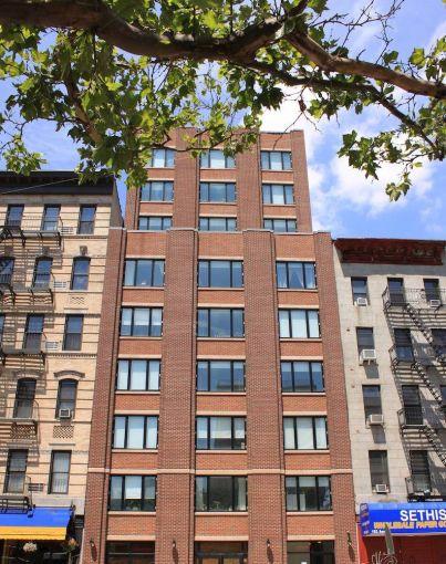 189 Avenue C.