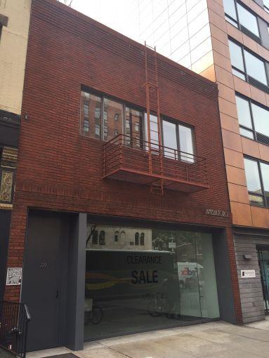 229 10th Avenue.