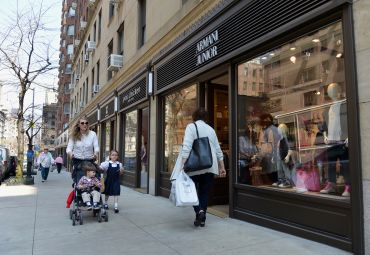 Even some of Madison Avenue's posh luxury retail streets are seeing a softening (Photo: STAN HONDA/AFP/Getty Images).
