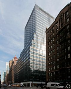 485 Lexington Avenue (Photo: CoStar Group).