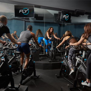 Flywheel Sports cycling class. (Photo: Facebook).