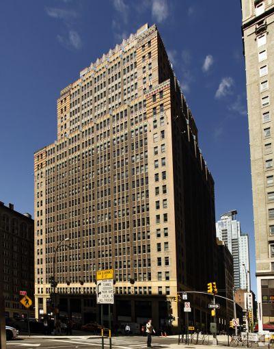 2 Park Avenue (Photo: CoStar Group).