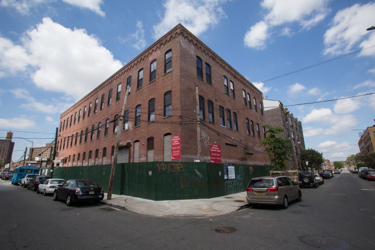 The exterior of 199 Cook Street in Bushwick Brooklyn (Photo: Aaron Adler /for Commercial Observer).
