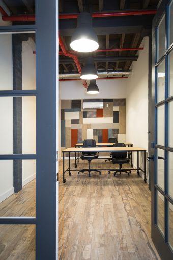 An office unit at 61 9th Street (Photo: Kaitlyn Flannagan /for Observer).