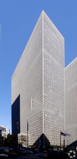 1221 Avenue of the Americas .