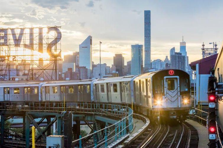7 Train in Queens (Photo: Marko Tatarac/ Ariel Property Advisors).