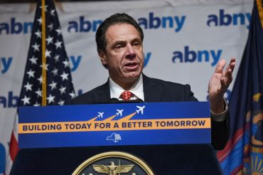 Gov. Andrew Cuomo announces the JFK plan at the Association of Better New York's luncheon. Photo: flickr.com/governorandrewcuomo