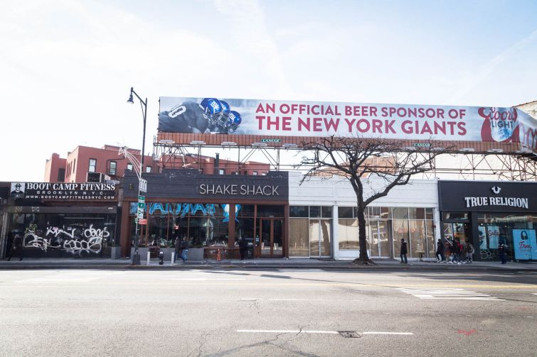 Kings Town, a new American restuarant and a sports-theme pub, will be opening at 166 Flatbush Avenue across from Barclays Center. Photo: Kaitlyn Flannagan for Commercial Observer.