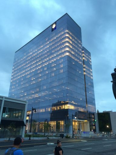 Prudential Tower in Newark. Photo courtesy: Wikipedia.