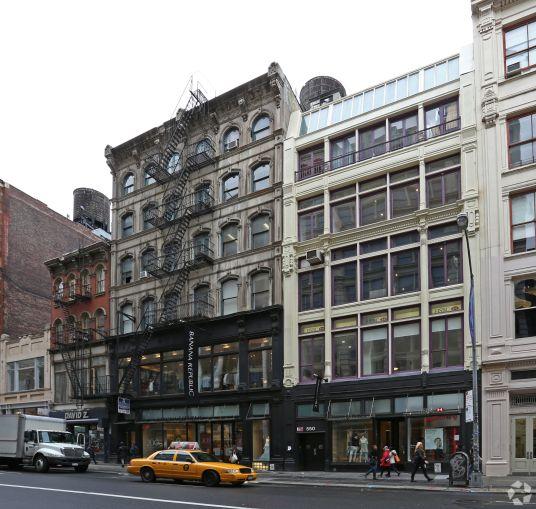 552-556 Broadway. Photo: CoStar Group
