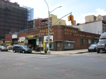 814-826 Bedford Avenue. Photo: PropertyShark