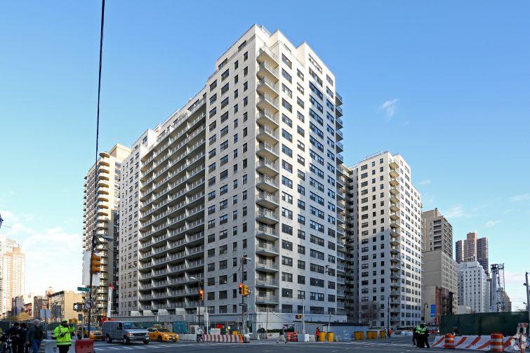 305 East 86th Street. Photo: CoStar Group