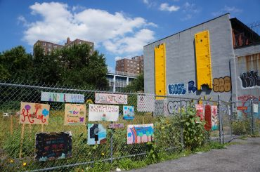 Mandela Community Garden on West 126th Street in Harlem is threatened with a city-backed plan to develop affordable housing on its lot. Photo: Rebecca Baird-Remba/For Commercial Observer