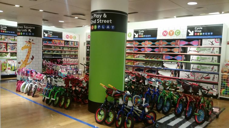 """Inside Toys """"R"""" Us' pop-up store at 1466 Broadway."""