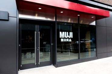 Muji's Williamsburg store has large windows that allow a lot of natural light. Photo: Lucas Roy
