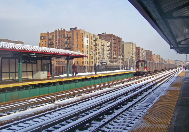 The elevated 4 train station at Mount Eden and Jerome Avenues, which is in the rezoning area.