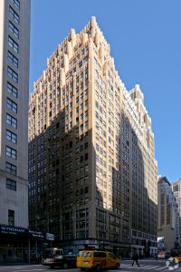 505 Eighth Avenue is where Taylor's Inn took the largest restaurant deal for the first quarter.