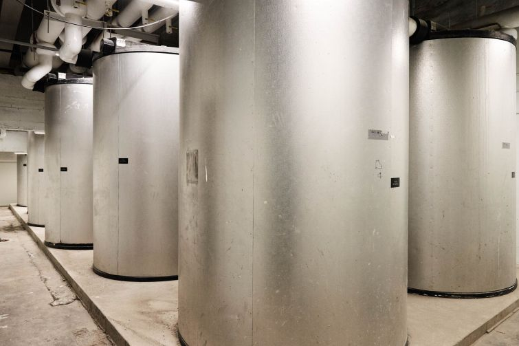 The thermal ice storage that NYU installed so the building can create heat for excess heat to melt, instead of pushing out the heat into the outside environment.